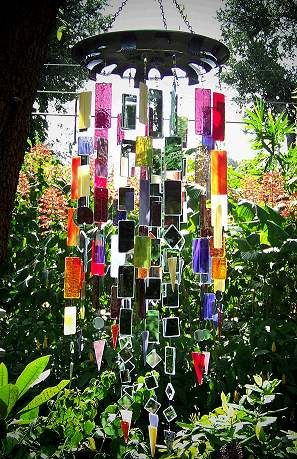 """Lagniappe Mosaic - """"Yalaha Songcatcher"""" Stained Glass Wind Chime ... GORGEOUS!!!  I MUST make a similar one!!!"""