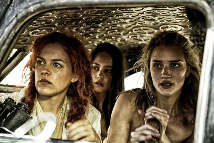 Riley Keough, Courtney Eaton and Rosie Huntington-Whiteley in Mad Max Fury Road