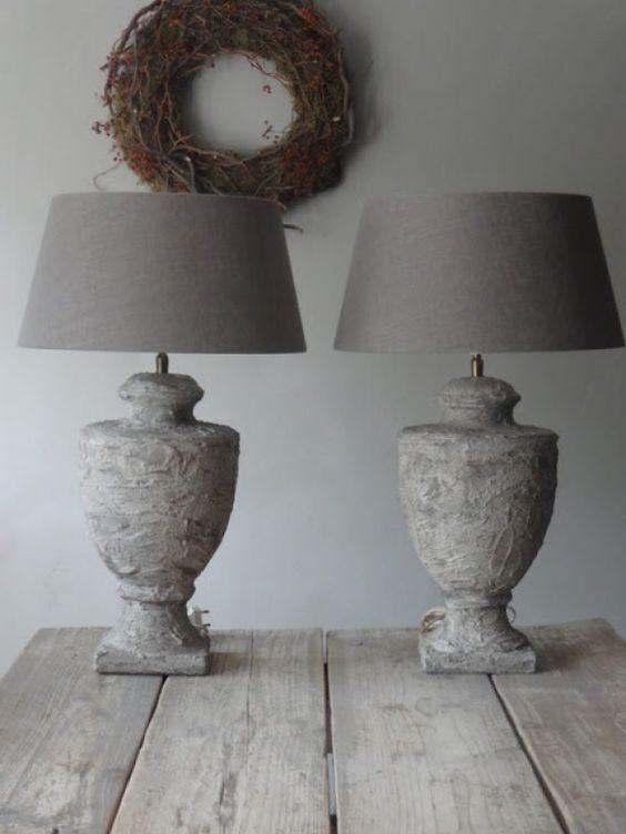 Resultaat: Oude lampen landelijk gemaakt. met muurvuller of tegellijm...: