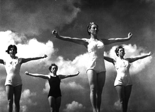 Leni Riefenstahl: 1938 - OLYMPIA