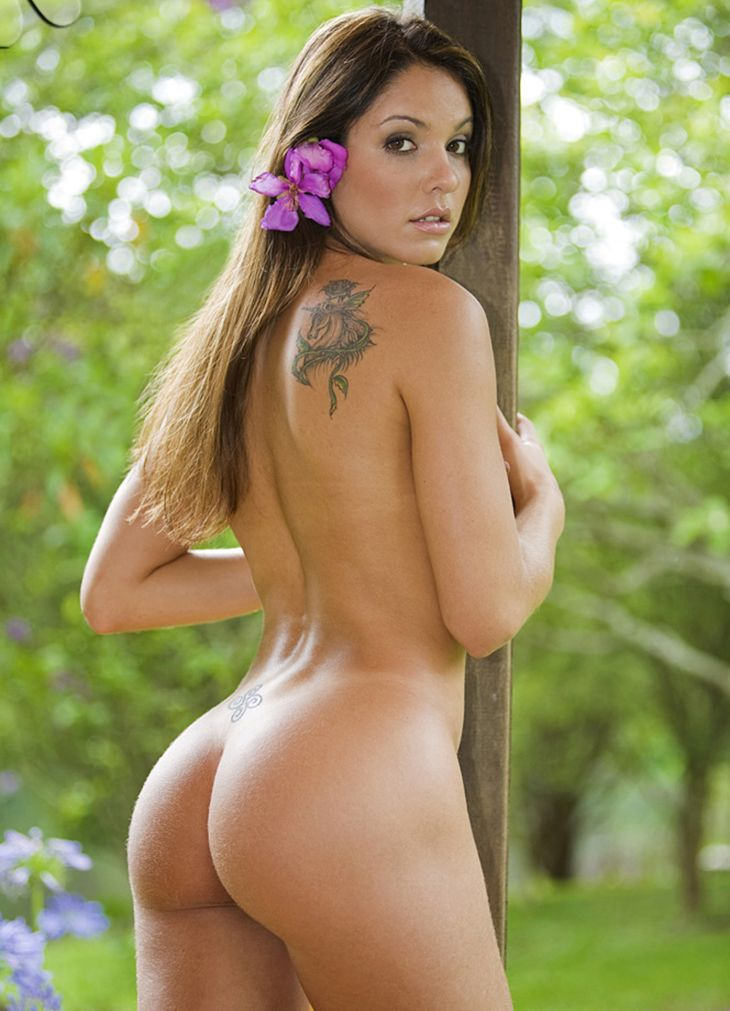Beautiful Nude Latina Women
