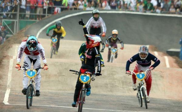Valentina Velásquez, campeona mundial de BMX en challenger 13 años girls, el 26 de mayo en Medellín.