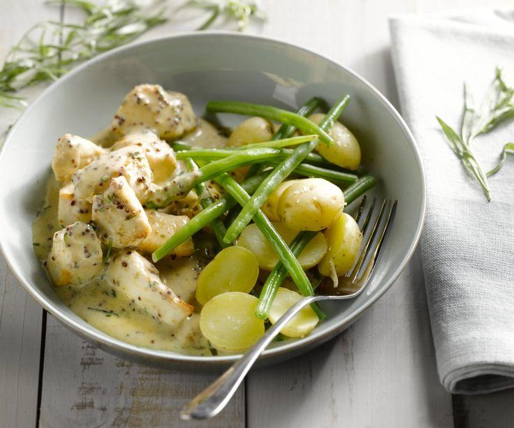 20 minuti, questo è tutto quello che serve per preparare questo delizioso piatto di cibo di comfort sul tavolo: petto di pollo a dadini succosa deliziosa con fagiolini, patate novelle e una deliziosa salsa di senape-drago. Lasciate che i sapori!