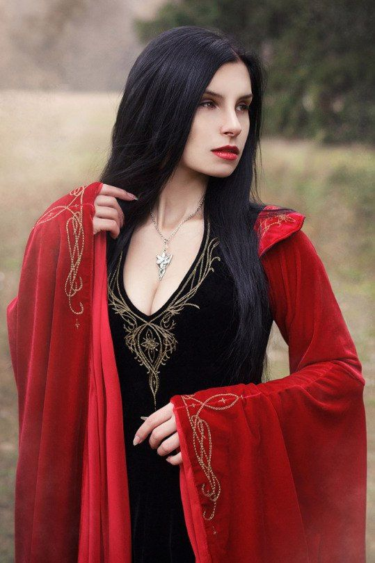 Fantasy dress Arwen dress elven dress black and red fantasy
