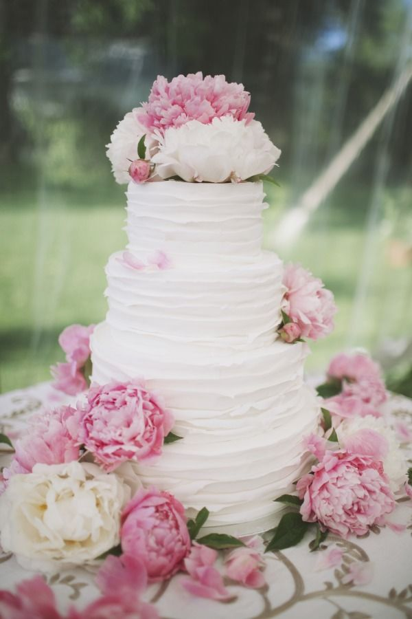 pink peony wedding cake - simple & beautiful!
