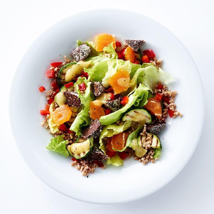 Salat med iceberg, klementiner og hvedekerner