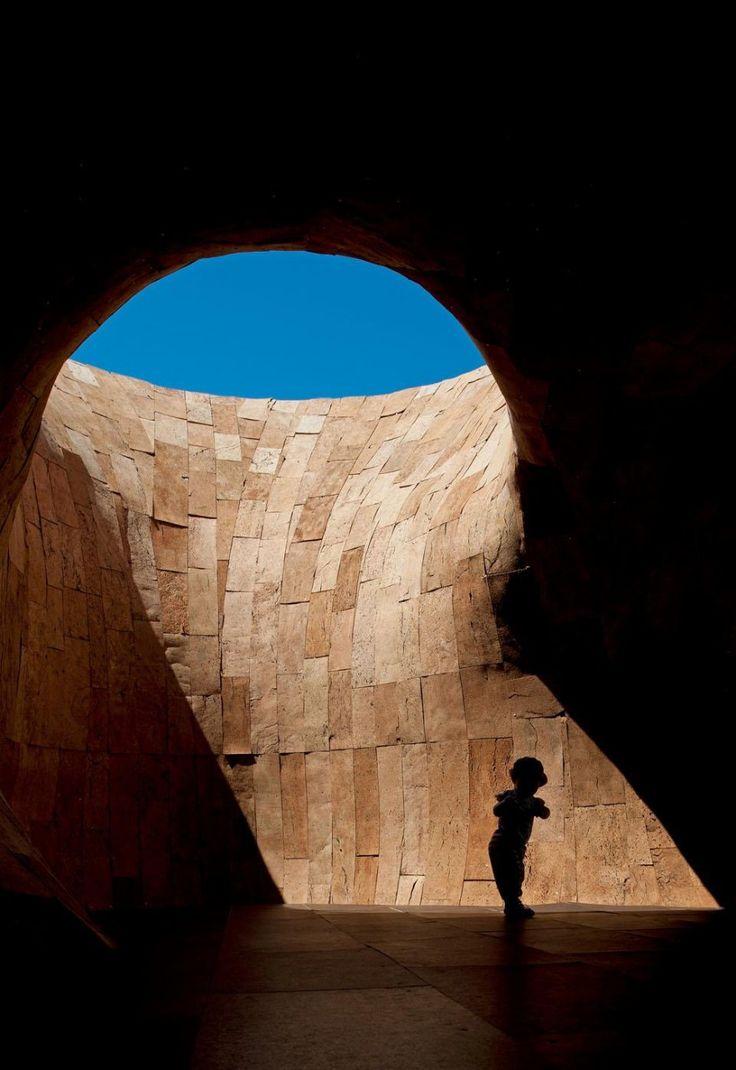 Miguel Arruda - scultura-abitabile, Lisbona, 2010