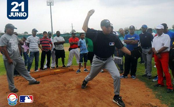 Fedebéisbol y MLB capacitan a entrenadores