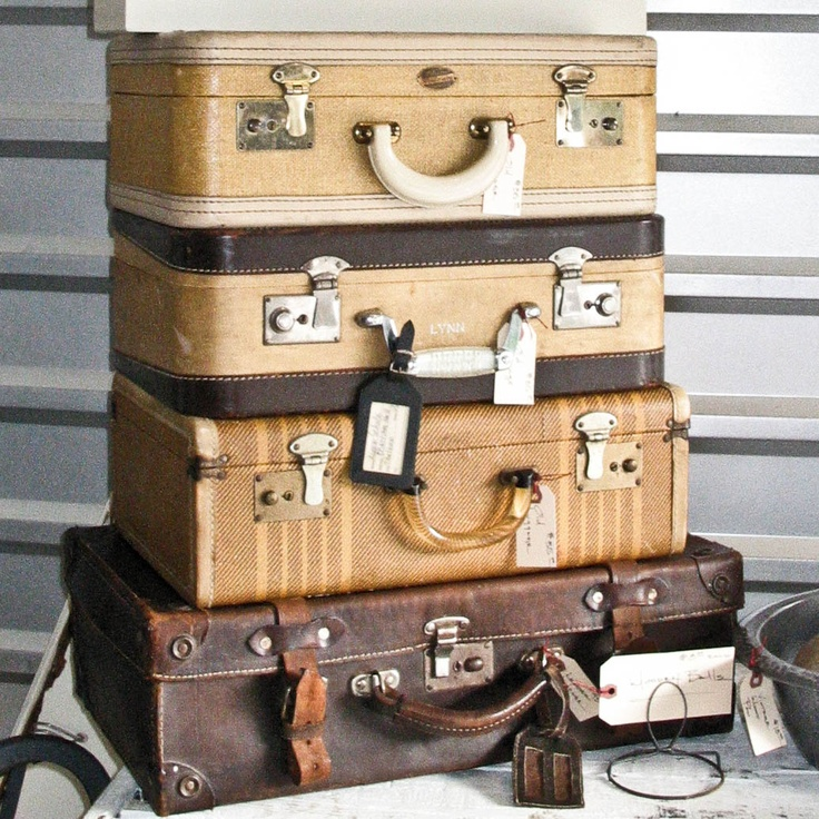 Fabulous 121 best Suitcases & Trunks images on Pinterest   Vintage luggage  GS62