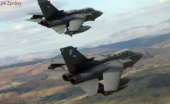 Británie by se připojila k americkému útoku na Sýrii, přiznal Johnson