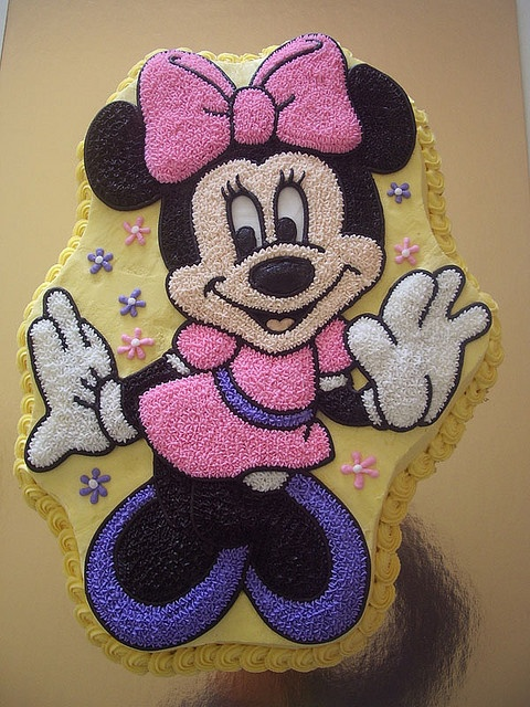 Minnie Mouse by Rouvelee's Creations' Teddy Bears, Interesting Photos, Cupcakes Oh, Cake Ideas, Cake Food, Cake Decor, Food 03, Awesome Cake, Minnie Mouse Cake