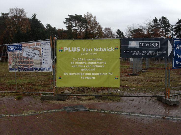 Franka  Slijterij Brouwer, Plus en restaurant 't Vosje. Sterk: Geen. Zwak: Te ver van de weg om te kunnen lezen, te veel spreekt niet aan.