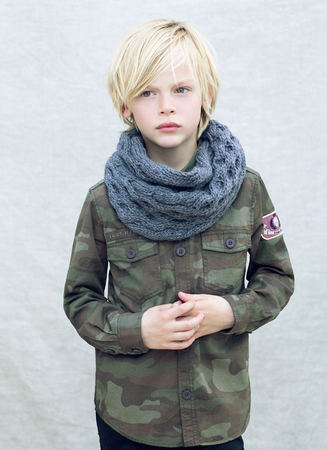Kids - Boy- Lookbook - ZARA Nederland - Infinity scarf - Military shirt