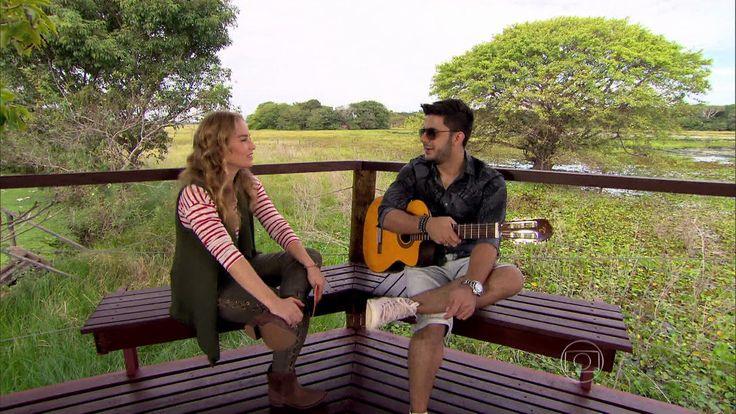 Homenagem: Cristiano Araújo conversa com Angélica sobre suas raízes sertanejas parte I http://gshow.globo.com/programas/estrelas/videos/t/programas/v/homenagem-cristiano-araujo-conversa-com-angelica-sobre-suas-raizes-sertanejas/4331178/