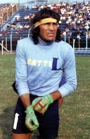 Hugo Orlando Gatti | Boca Juniors Uno de los mejores arqueros de fubol. Vecino de mis papis.