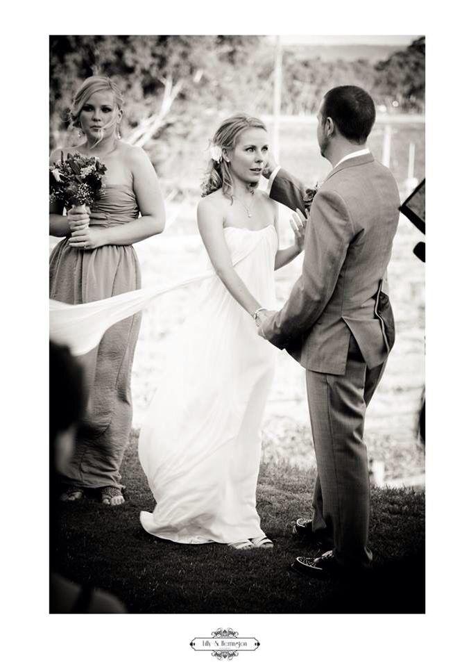 Beautiful vows! swan Valley, Perth Wedding, Perth Wedding photography Lilly & Herrington Photography. Www.lillyandherrington.com
