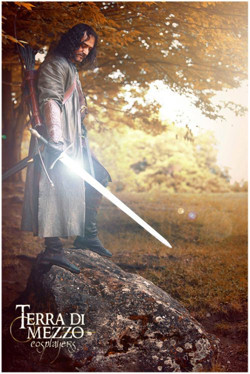 Aragorn Follow us on Facebook: www.facebook.com/... #Aragorn #ElessarTelcontar #Strider #TDMC #Terradimezzocosplayers #cosplay #Gondor #Lordoftherings #lotr