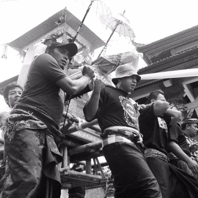 """lift n' forward - cremation series""   Bali, Indonesia"