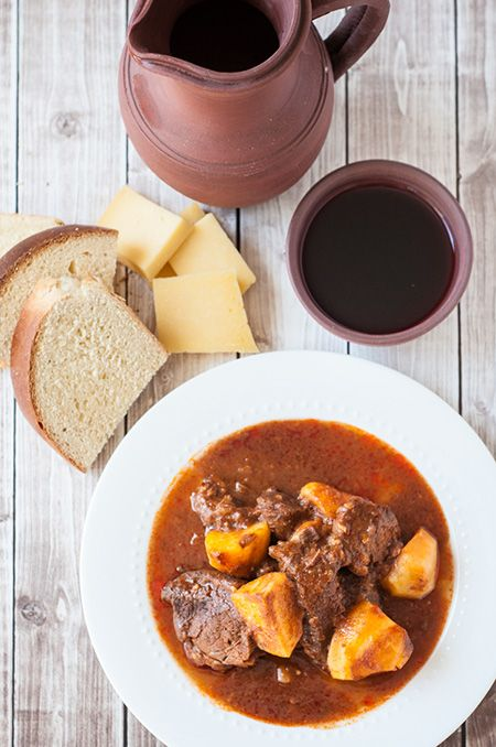 Azores Beef Stew with Potatoes (Molha de Carne) – Photos & Food