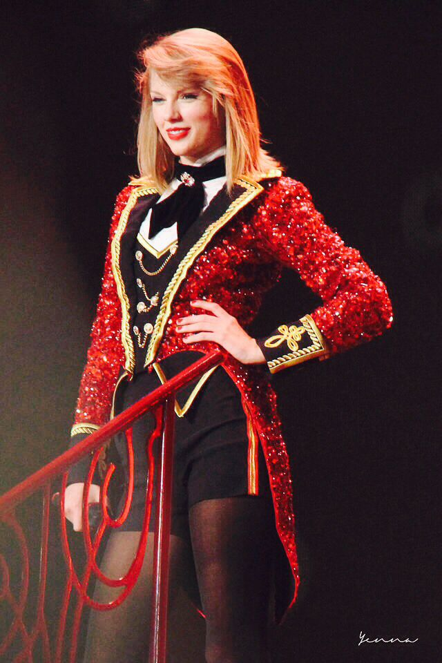 Red Tour Manila, Philippines - June 6th, 2014- we are never ever getting back together