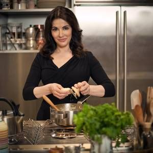 Nigella Lawson pays homage to Italy in cookbook