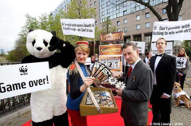 WWF IPCC Stunt