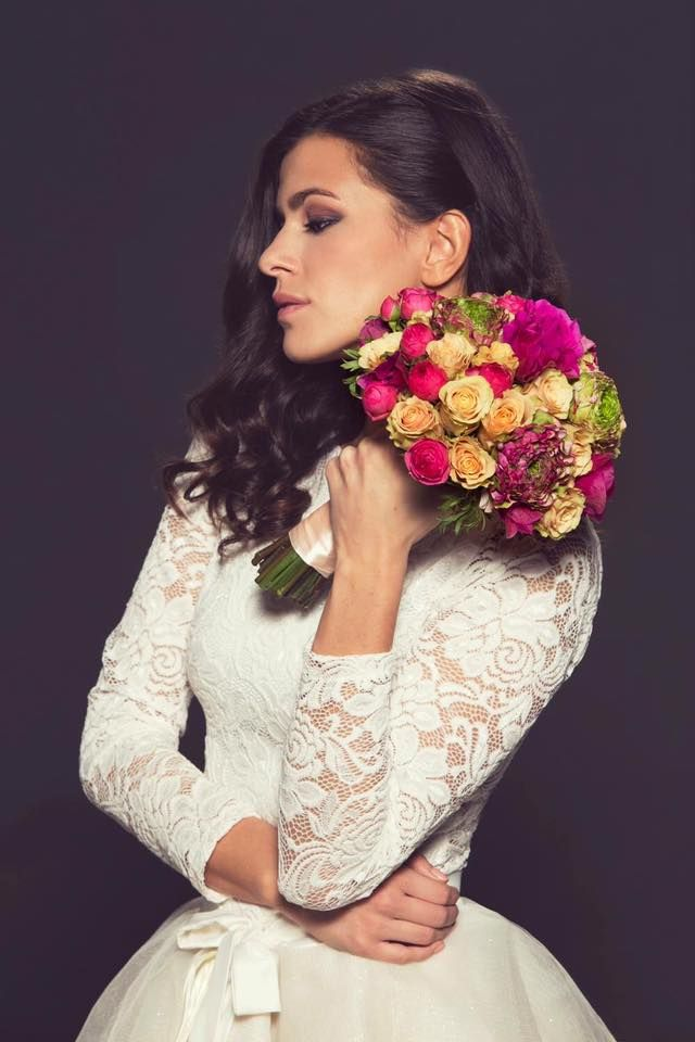 Lace and tulle Wedding Dress! #wedding #dress #white #lace #tulle #kefashion