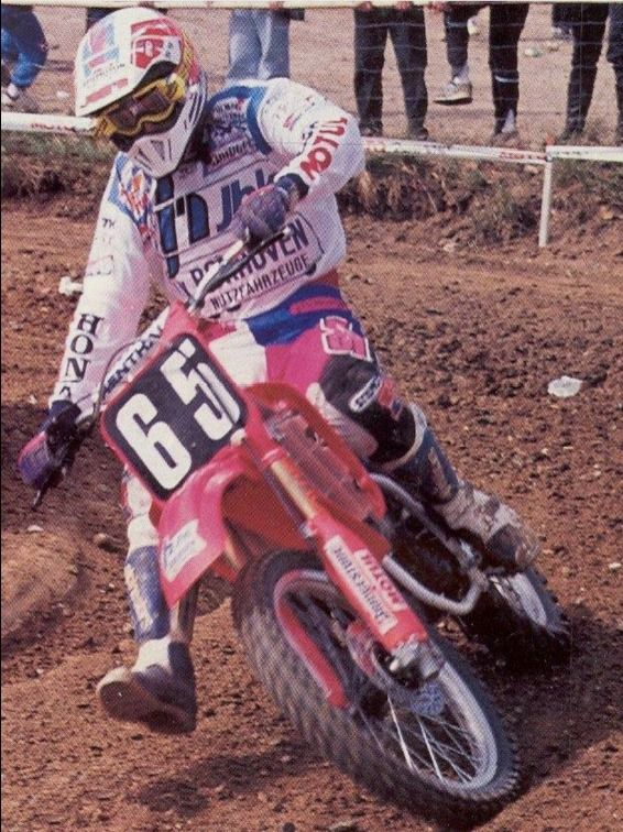 Dave Strijbos returned to the 125cc class and showed he was still one of the masters of the little class, finishing 2nd overall