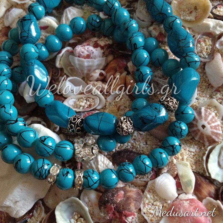 beautiful turquoise glass beads bracelet