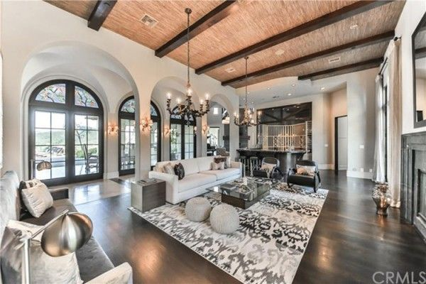Britney Spears' $10million Thousand Oaks Home