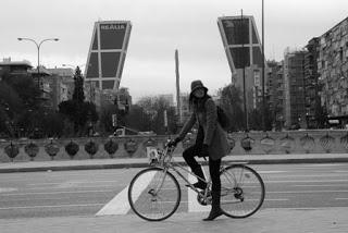 Muévete en bici por Plaza Castilla (Torres Kio)