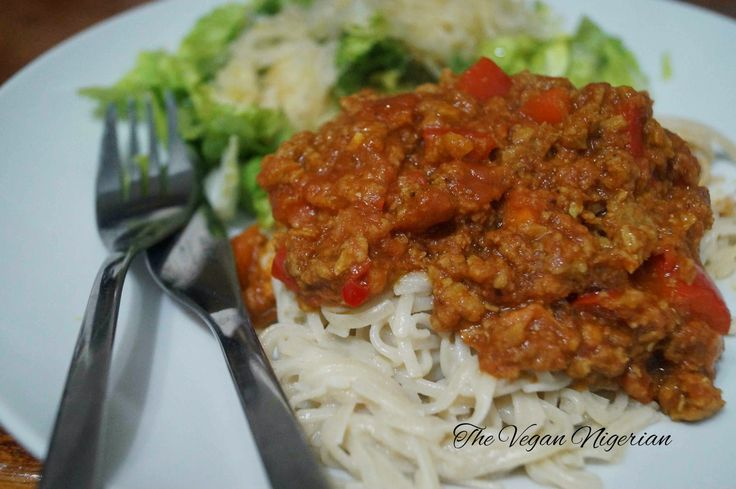 The Vegan Nigerian: BROWN RICE NOODLES AND VEGAN BOLOGNESE