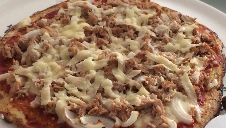 Met deze tips maak je de perfecte bloemkool pizza. Volg ons stap voor stap paleo bloemkool pizza recept! Kies je favorieten ingrediënten!