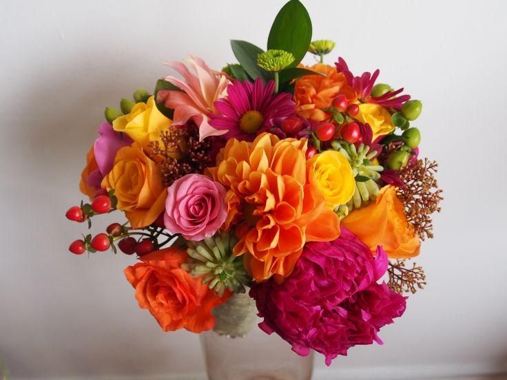 bride's bright bouquet / posy #bright #colourful #peony #dahlia #roses #autumn #flowers #laila