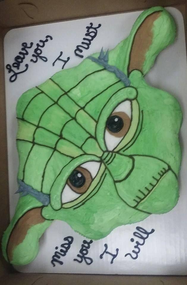 Yoda, 2 dozen cupcake cake                                                                                                                                                                                 More