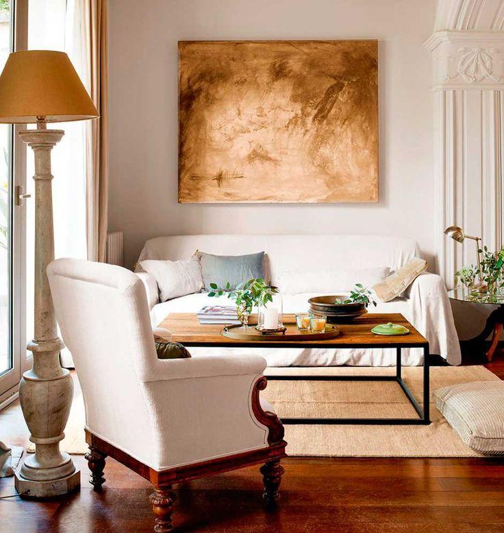 ➵Vuelven los sofás de terciopelo verde, las sillas de madera tallada y los motivos florales 😍😍 Las piezas de estilo renacentista más trendy ↝ #decoración #muebles  Interiorismo, decoración de interiores, interior design, interiorism, deco, lifestyle
