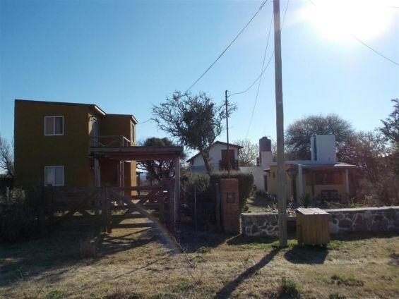 Excelente Oportunidad vendo casa y 3 cabañas en Capilla del Monte Dueño directo vende: vivienda de 3 ambientes y 3 .. http://capilla-del-monte.clasiar.com/excelente-oportunidad-vendo-casa-y-3-cabanas-en-capilla-del-monte-id-244333