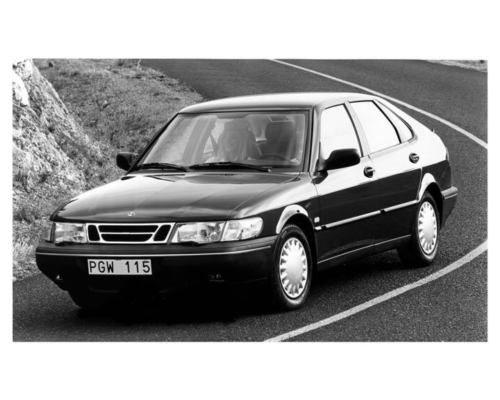 1994-Saab-900-Automobile-Photo-Poster-zuc0001-FQ3M1L