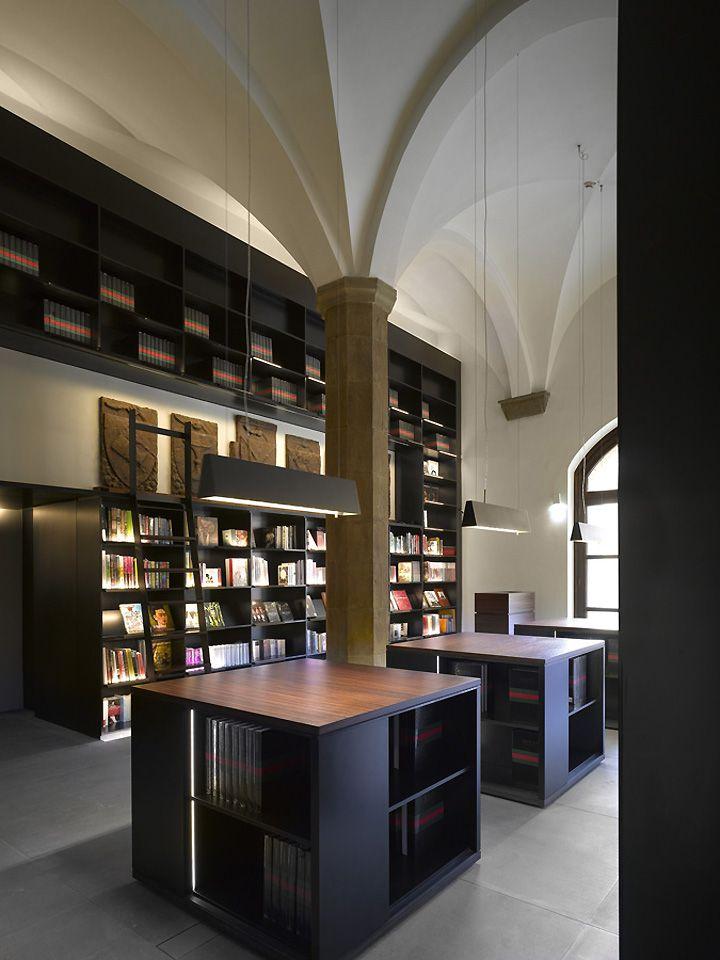 Gucci Museum, Florence store design exhibit design