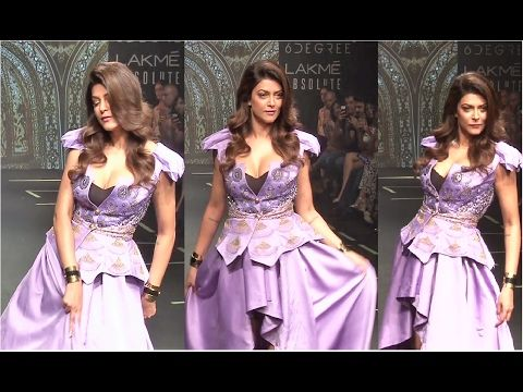 WATCH Sushmita Sen's stunning ramp walk at Lakme Fashion Week 2017.  Click here to see the full video > https://youtu.be/-1b3NHFJayU  #sushmitasen #lakmefashionweek #lakmefashionweek2017 #lfw #lfw2017 #bollywood #bollywoodnews #bollywoodnewsvilla