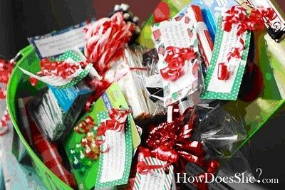 This is the CUTEST idea to give to a teacher. So clever. 12 days of Christmas...12 gift ideas for the teacher for 12 days before Christmas...or Christmas break would work