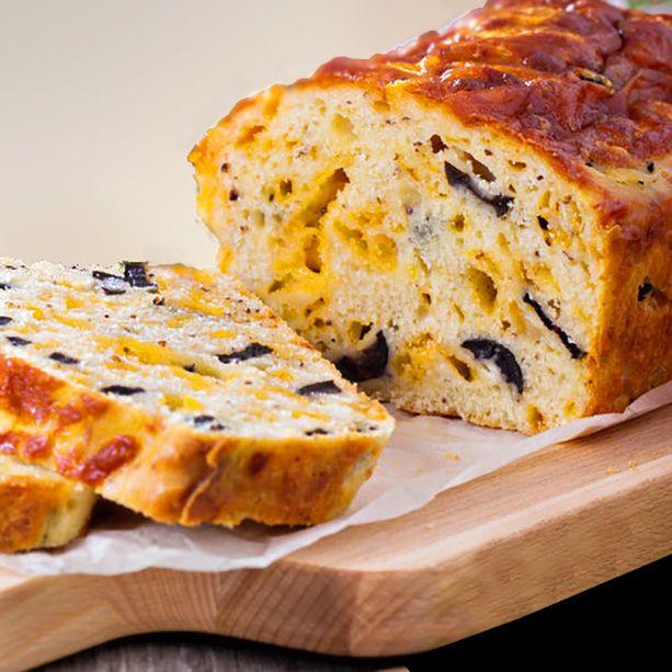 Cake salado de queso y aceitunas