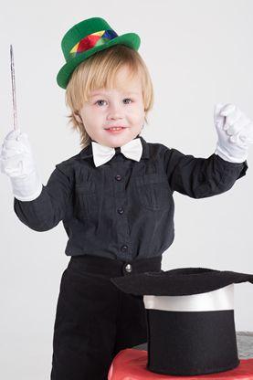 ¡Enséñale unos trucos de magia a tu peque!   Es una forma creativa de divertirse juntos en un día de lluvia.  http://www.babypants.com.mx/?p=1188