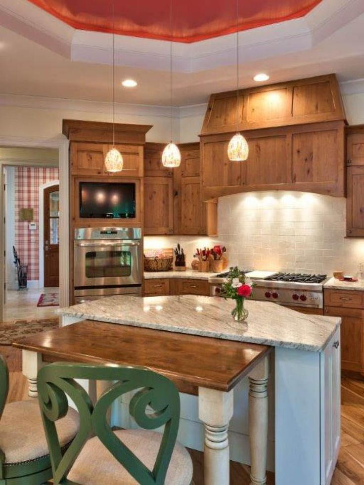 Pictures of small kitchen design ideas from small for Hgtv galley kitchen ideas