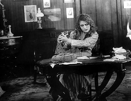 Mary Pickford + a gun.Sweets Mary, White Pictures, Mary Pickford, Mary Mary