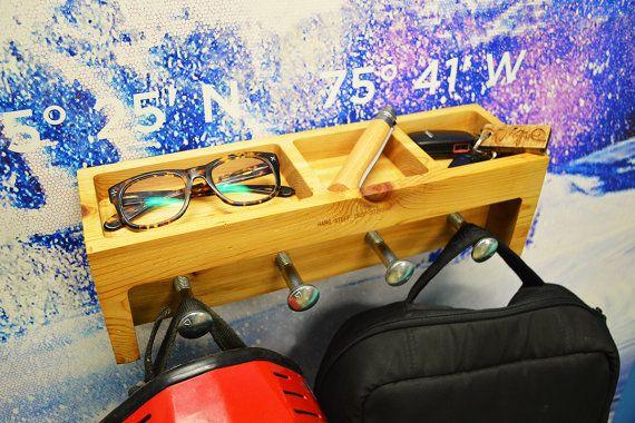 Casier Jumbo - Modern Wall Caddy  $150.00
