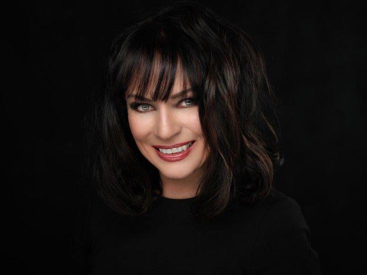 Diana Sobolewski - AUTHORSdb: Author Database, Books and Top Charts