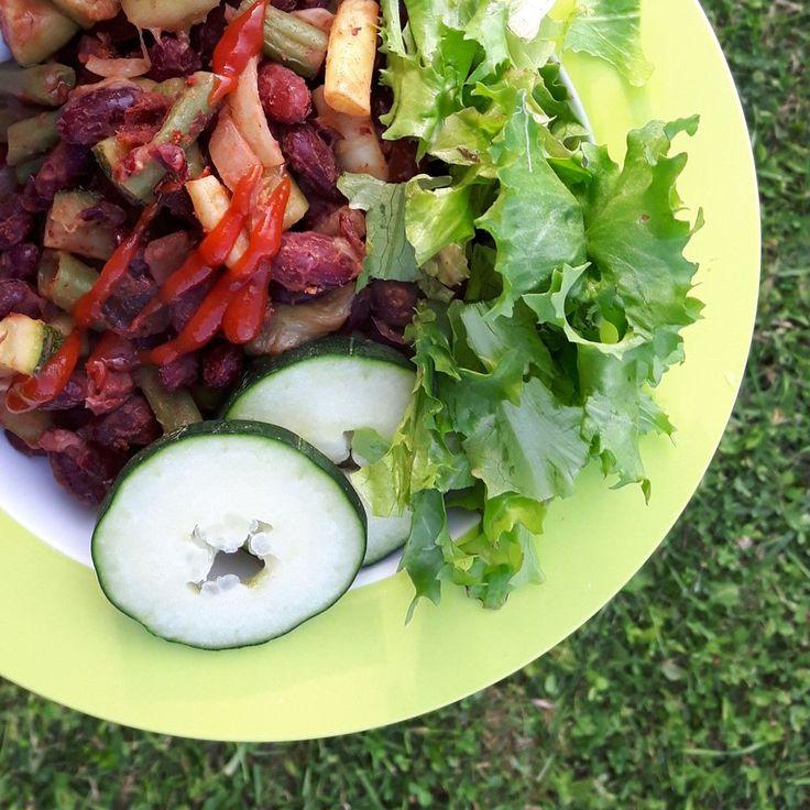 Bonenschotel met verse groente op de skottelbraai (of in 1 wok) / eenpansgerecht / beans with fresh vegetables - Het keukentje van Syts