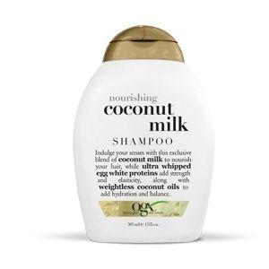 Coconut Milk Shampoo OGX Voor normaal veerkrachtig haar dat gezond moet blijven De voedende Coconut Milk Shampoo verzorgt je haar met een exclusieve mix van biologische ingrediënten uit kokos. Proteïne uit kokosmelk maakt je haar namelijk sterker en geeft het meer veerkracht. De luchtige kokosolie hydrateert en verzorgt je haar. De luxe, romige en verzorgende shampoo zorgt voor schoon, glanzend en superzacht haar dat verleidelijk naar kokos ruikt.
