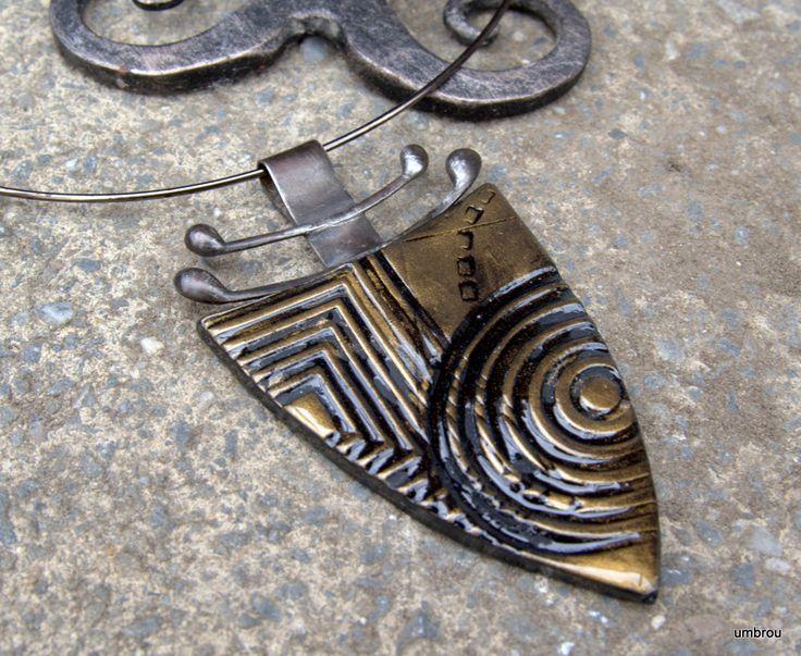 náhrdelník z polymerové hmoty Fimo + cínovaný komponent